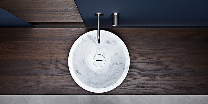 Technology and design of natural materials in the bathroom.
